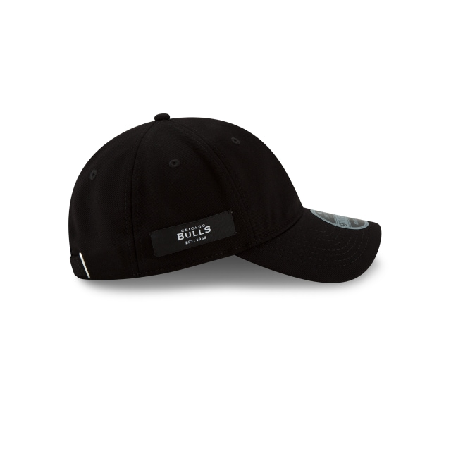 Chicago Bulls Black Label  9twenty Strapback | Chicago Bulls Caps | New Era Cap