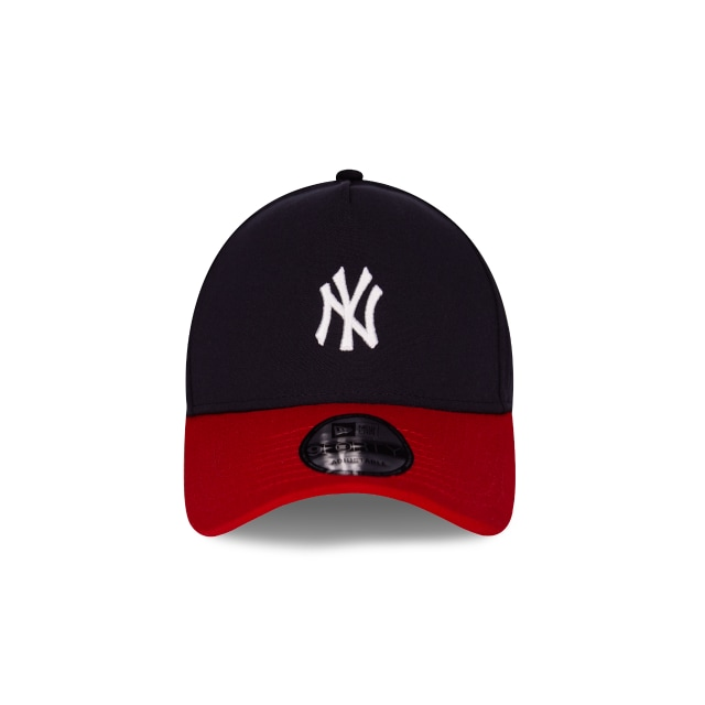 New York Yankees Classic  9Forty Trucker Strapback Vista frontal