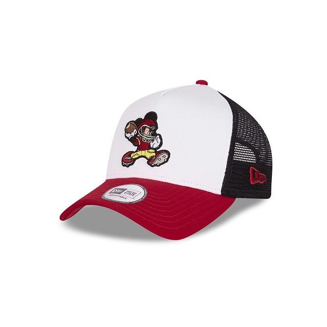 Mickey Mouse Football Character Sports 9FORTY AF Trucker Snapback | Gorras Character Sports | New Era México