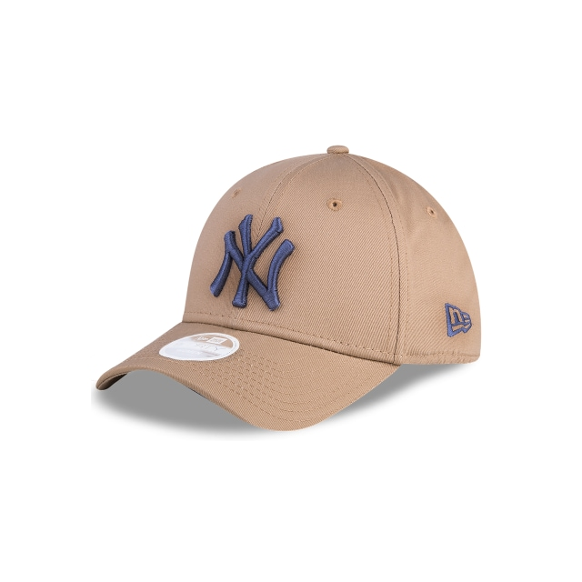New York Yankees League Essential Mujer 9forty Strapback | New Era Cap