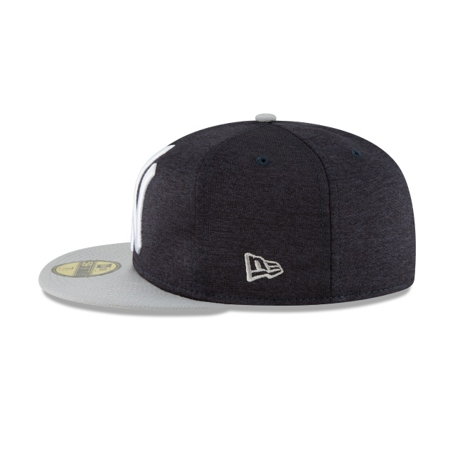 New York Yankees Heather Huge Fit  59Fifty Cerrada Vista izquierda