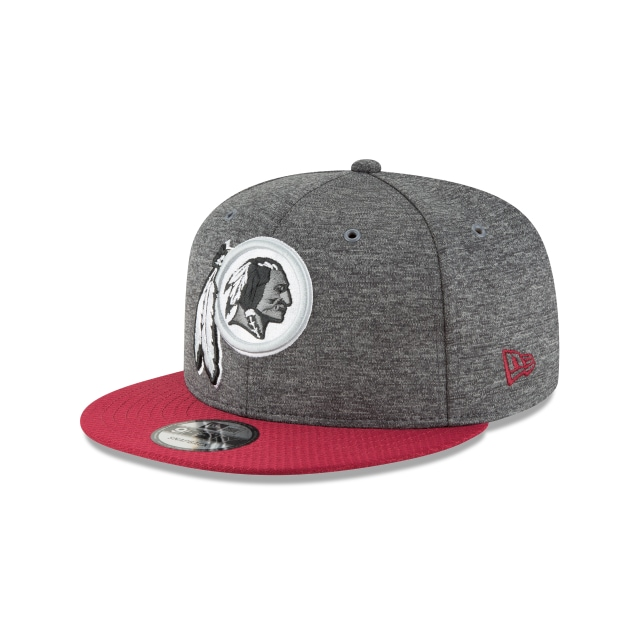 Washington Redskins NFL Sideline Defend 2018 9Fifty Snapback Vista izquierda tres cuartos