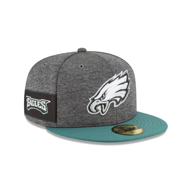 Philadelphia Eagles NFL Sideline Defend 2018  59Fifty Cerrada Vista derecha tres cuartos
