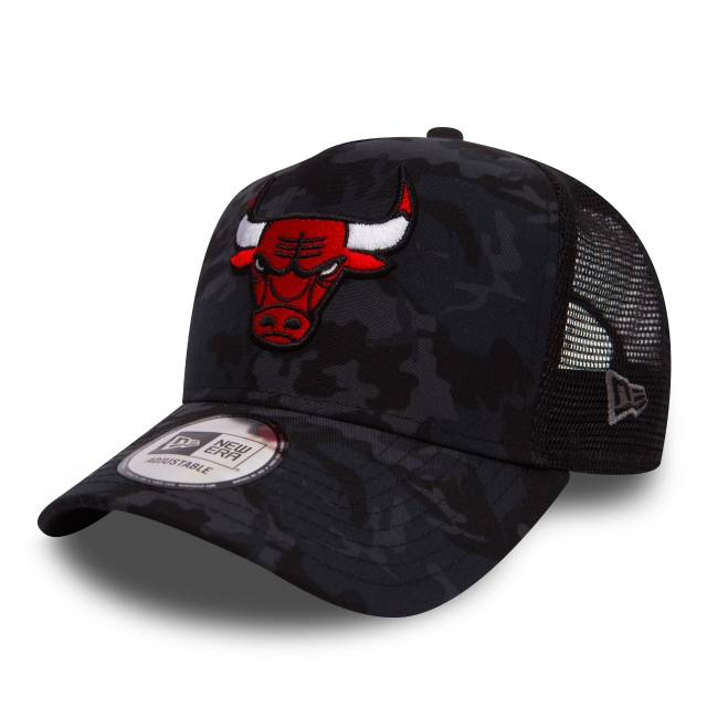 Chicago Bulls Camo Team  9Forty AF Trucker Strapback
