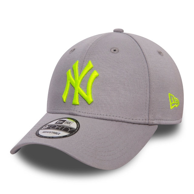 New York Yankees Jersey Pop  9forty Strapback | New York Yankees Caps | New Era Cap