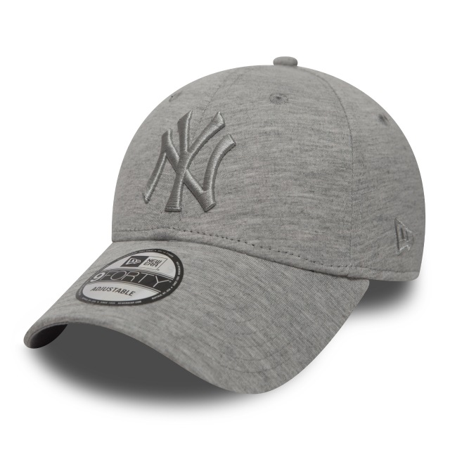 New York Yankees Jersey Essential  9forty Strapback | New York Yankees Caps | New Era Cap