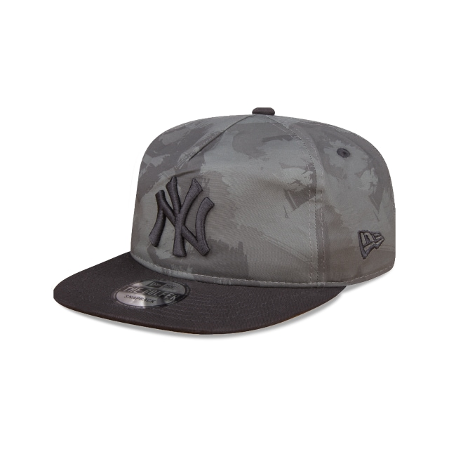 New York Yankees Camo Basics  Golfer Strapback | New Era Cap