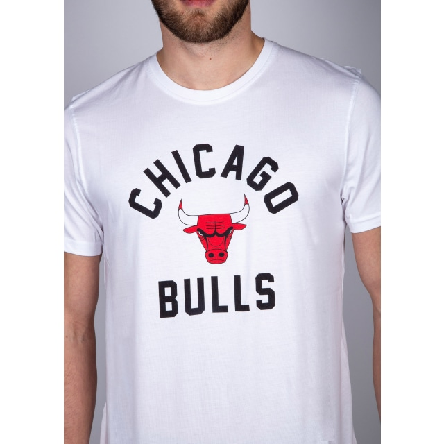 Chicago Bulls Contrast Varsity Playera Manga Corta | Chicago Bulls Caps | New Era Cap