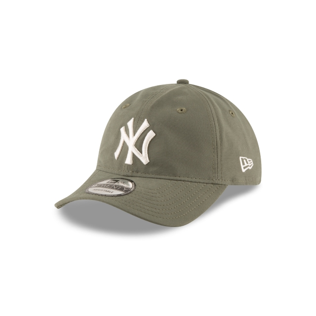 New York Yankees Nylon Packable  9TWENTY Strapback | Gorras de Ny Yankees | New Era México