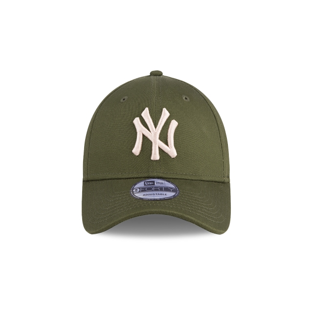 New York Yankees League Essential 9FORTY Strapback | Gorras de Ny Yankees | New Era México