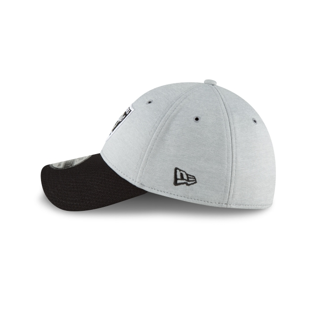 Oakland Raiders NFL Sideline Defend 2018  39THIRTY Elástica | Gorras de Las Vegas Raiders | New Era México