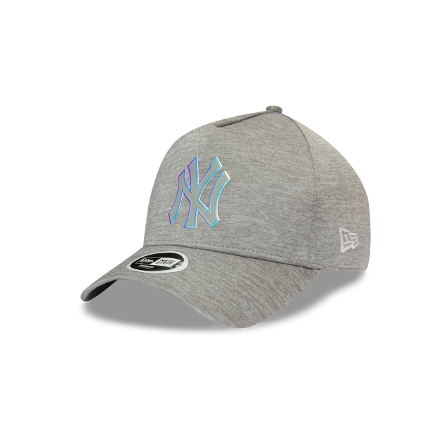 New York Yankees Woman Iridescent de Mujer 9FORTY AF Trucker Strapback | Gorras de Ny Yankees | New Era México